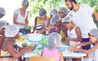 """Os filhos de """"Nenhum a Menos"""" aprendem o significado de comida mais saudável"""