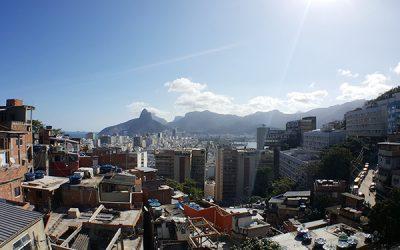 Como vivem os pobres na favela do Complexo da Maré?